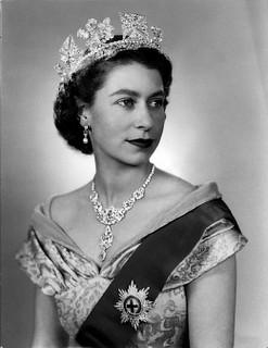 queen_elizabeth_young